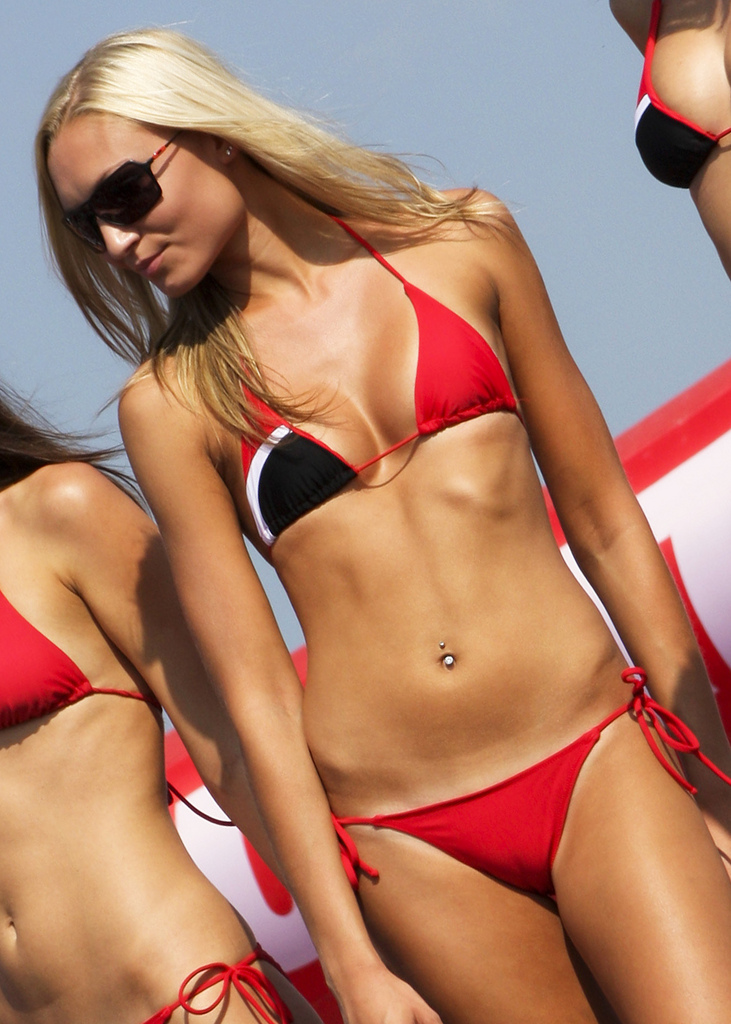 1000 images about pit girls on pinterest grid girls motogp and