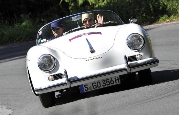 Leyendas automovilísticas del Museo Porsche en la recta final