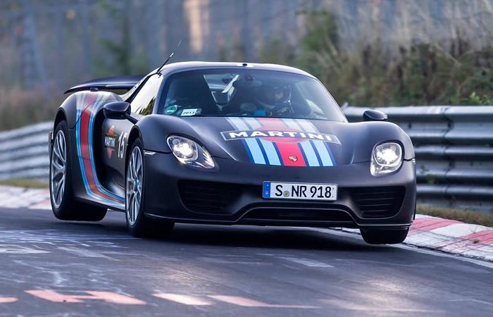 918 Spyder culmina debut global con tiempo récord en Nürburgring
