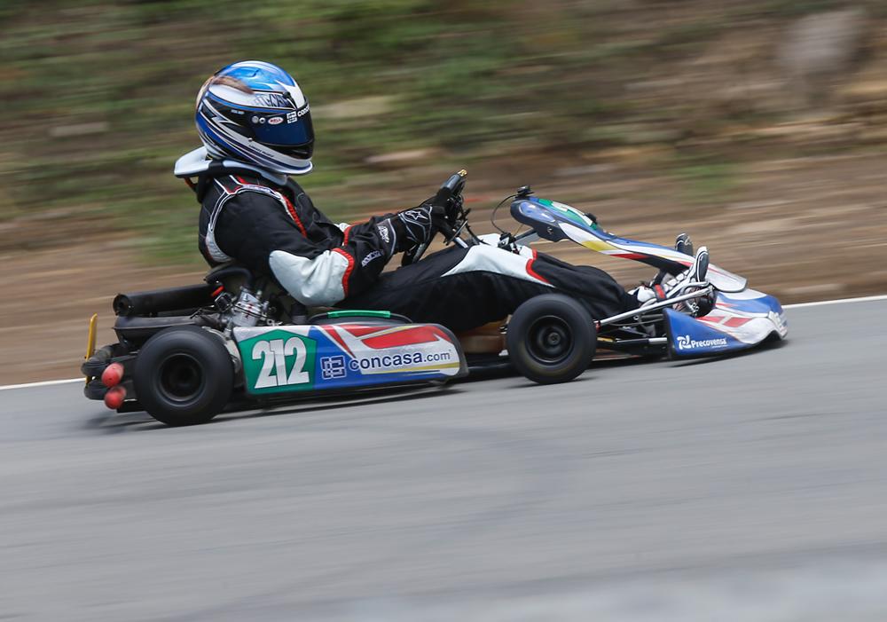 El domingo pilotos realizaron un práctica en el Parque Viva.