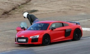 Chris-Evans-vomit-sick-Top-Gear-filming-Jeremy-Clarkson-Audi-R8-V10-395883