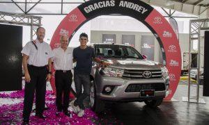 Allan Sime, director comercial de Purdy Motor Costa Rica, Jesus Castro, CEO de Grupo Pu rdy Motor y Andrey Amador