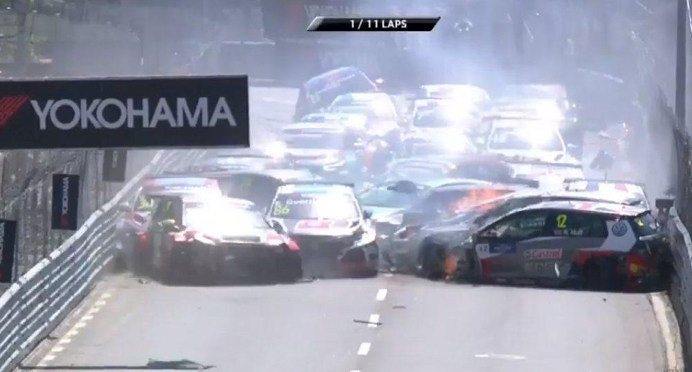 Video : Fuerte accidente en largada del WTCR en Vila Real