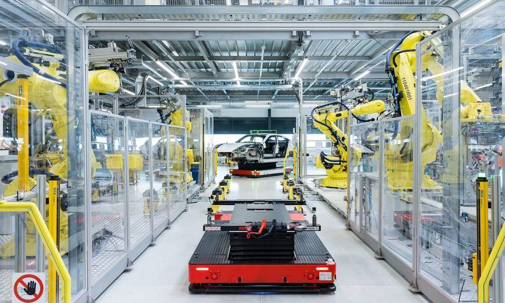 Inicia puntualmente la producción del Porsche Taycan