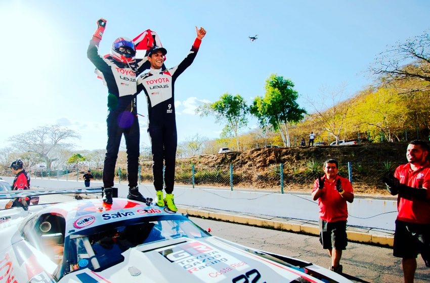 El Toyota Supra gana la primera fecha del GT Challenge de las Américas